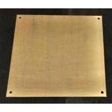 Skilt Messing poleret 101,6mm x 101,6mm. x 1,5mm. med 4 skruehuller.