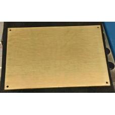 Skilt Messing poleret 152,4mm x 101,6mm. x 1,5mm. med 4 skruehuller.