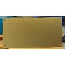 Skilt Messing børstet 160mm x 80mm x 1,6mm, med skruehuller, lakeret.