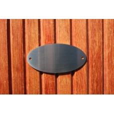 Skilt skuret rustfrit stål Oval 100mm. x 50mm. x 1,5mm. med 2 skruehuller.